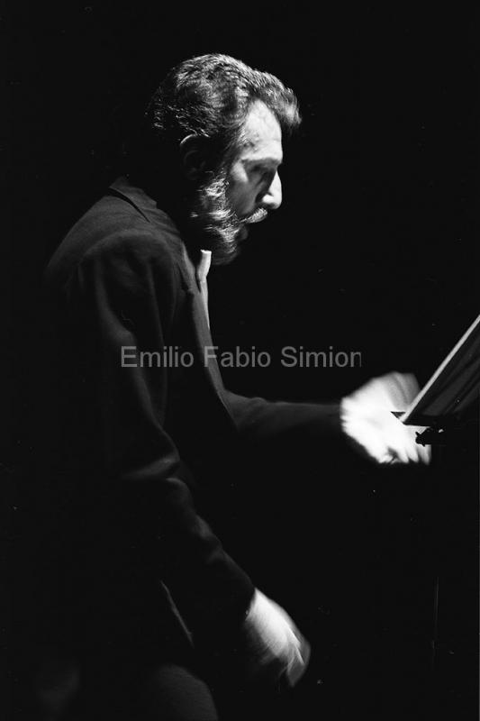 Arrigo Lora Totino - Futura Poesia Sonora - Teatro Gerolamo, Milano 1982