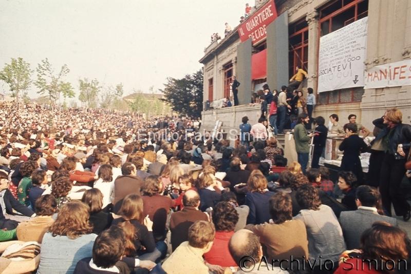 Dario Fo. Mistero Buffo. Palazzina Liberty. Milano 1974