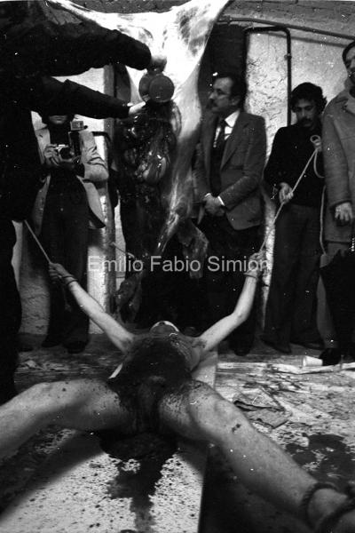 "Hermann Nitsch. ""Orgien Mysterien Theater"", Azione n53. Teatro Out Off, Milano 1976"